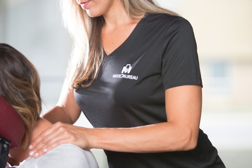 MASSOBUREAU Massage en entreprise